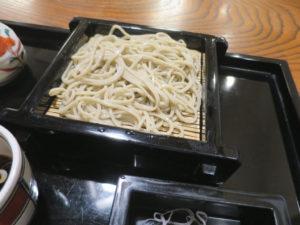 東京港区蕎麦店「竹泉」二八せいろ