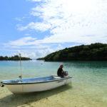 石垣島「川平湾」ボート操る島人